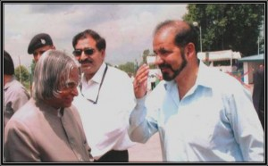 Founder Chairman of Kashmir Sufism Society welcoming Dr. A. P. J. Abdul Kalam